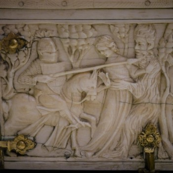 detail Ivory casket paris c 1300 musee de cluny