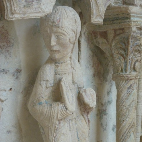 Talk to the hand Annunciation Louvres 12th cent
